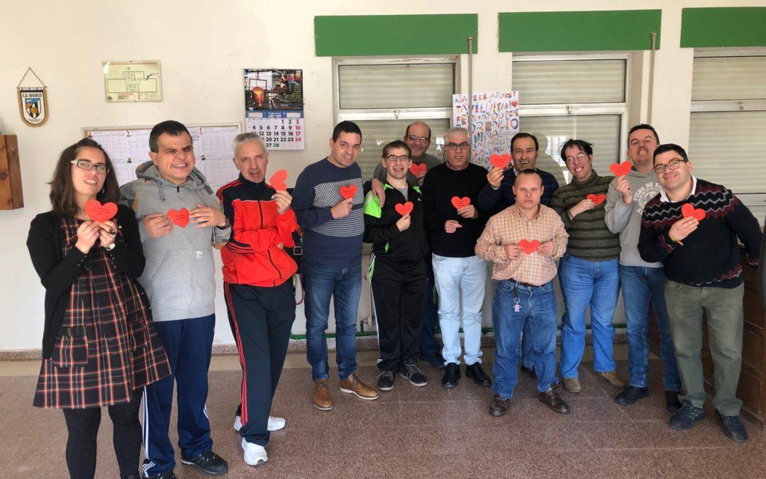 El Colectivo Tierra de Campos imparte un taller de Risoterapia en el Taller Ocupacional